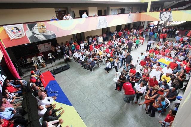 03 04 2018 EM Comando de Campaña Universitario del Zulia con Maduro (11)