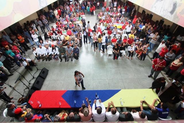 03 04 2018 EM Comando de Campaña Universitario del Zulia con Maduro (9)