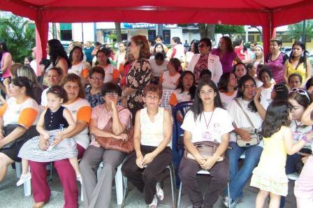 mujeres socialistas presentes