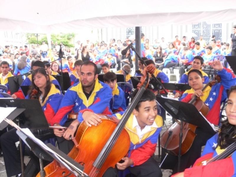 orquesta-sinfonica-nacional-interpreto-las-gloriosas-notas-del-himno-nacional-de-venezuela.jpg
